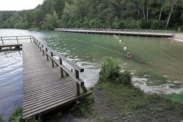 Žaliasis ežeras verčia pažaliuoti