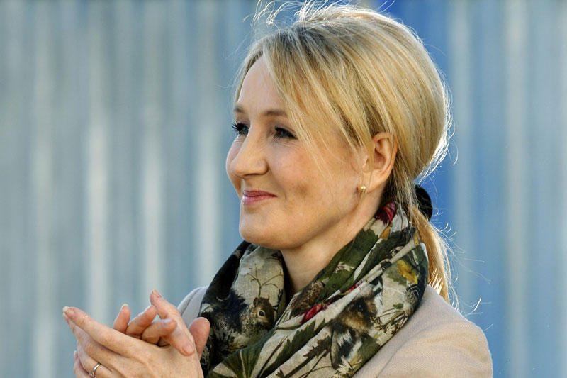 J.K. Rowling išleis naują romaną suaugusiems