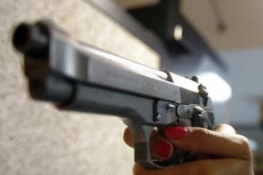 Trakų rajone iš pneumatinio ginklo apšaudyti du jaunuoliai