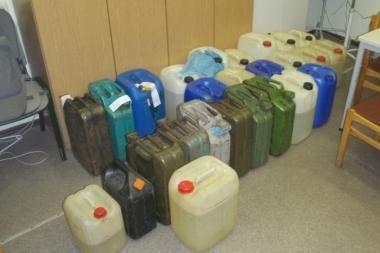 Pareigūnams vėl įkliuvo nelegalių degalų pardavėjai