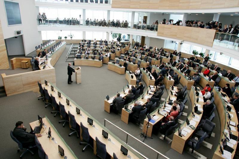 Siūloma leisti kandidatuoti į Seimą nuo 23 metų
