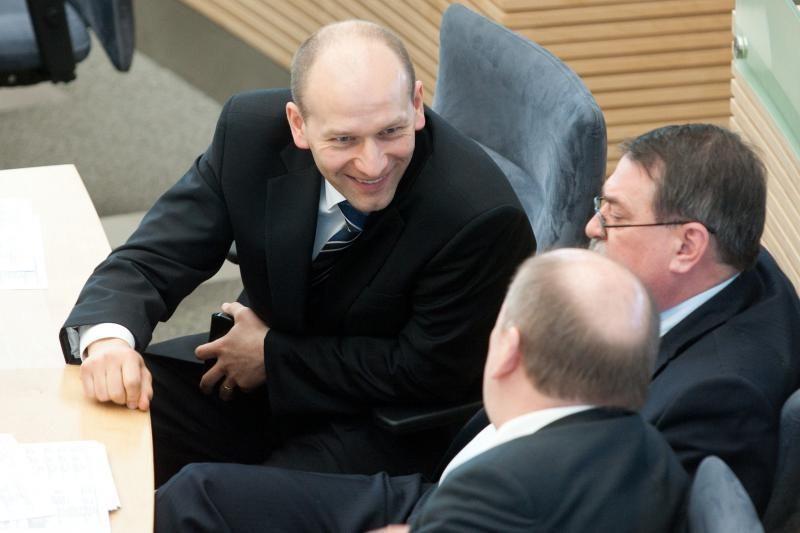 Papirkimu įtariamas E.Lementauskas apskundė nutartį atnaujinti jo bylą