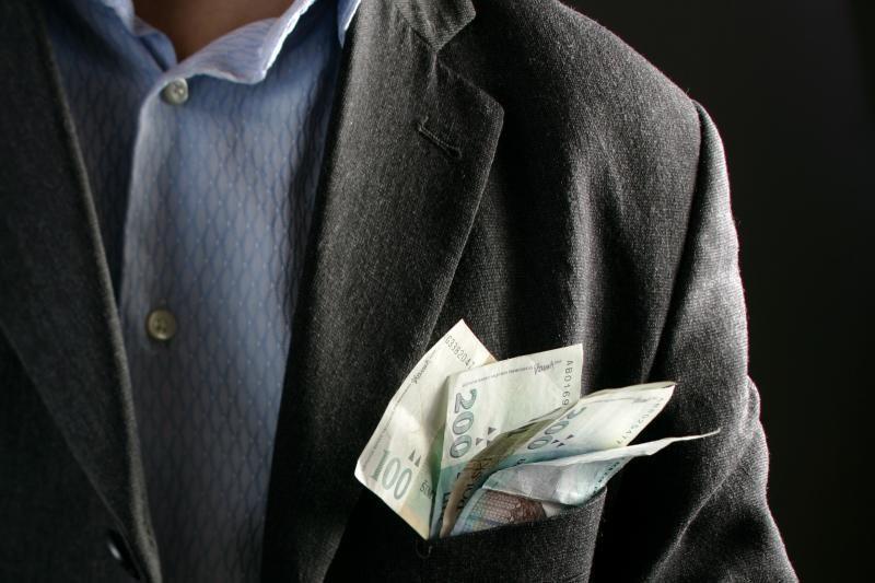 Bankroto administratorius iš įmonių pasisavino 53 tūkst. litų