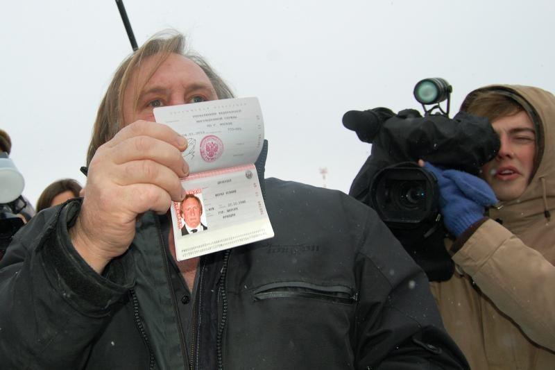 Aktoriui G. Depardieu padovanos butą Mordovijos sostinėje