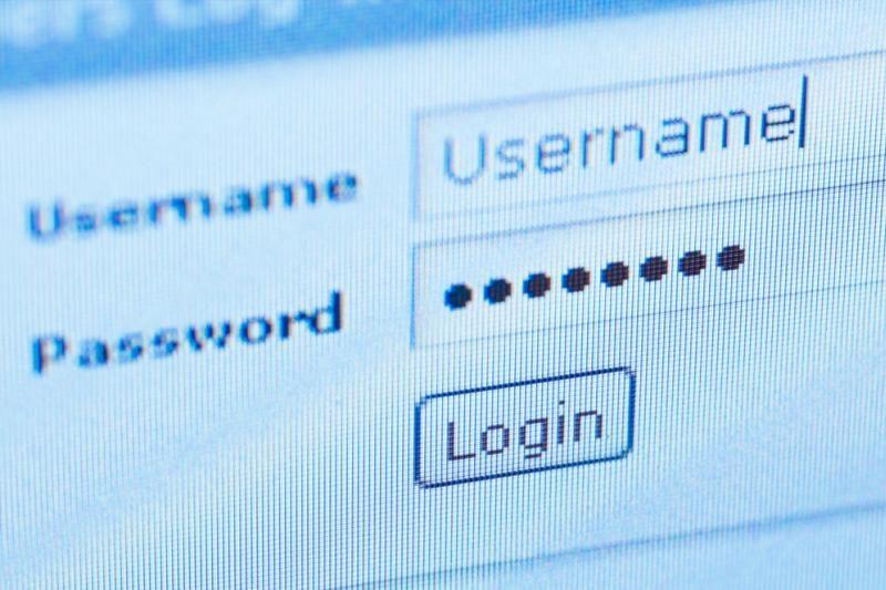 """Gali būti pavogti 250 tūkst. """"Twitter"""" vartotojų slaptažodžių"""