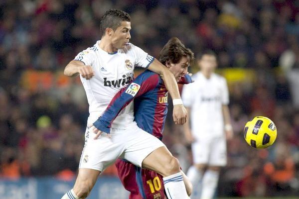 """Ispanijos lygoje """"Barcelona""""ir """"Real""""toliau barsto taškus"""