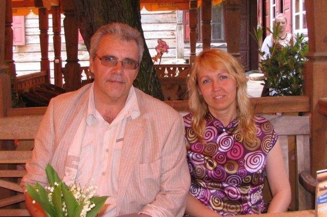 Po neįvykusio perversmo –        vestuvės