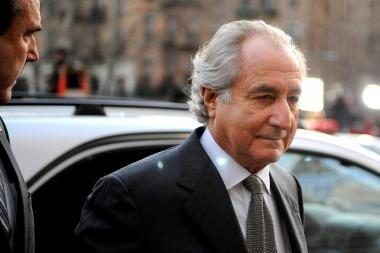 Nuteistas JAV finansininkas Madoffas nedalyvaus nusižudžiusio sūnaus laidotuvėse