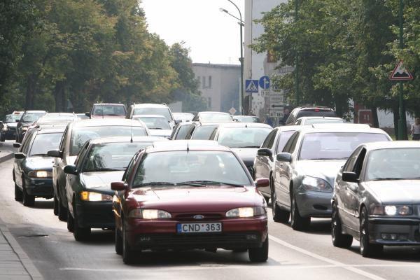 """Moksleivių """"agitobusuose"""" – miestas be automobilių"""