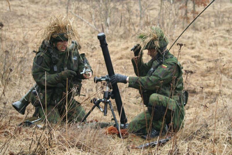 Institucijos pateikia didesnius skaičius dėl gynybos finansavimo