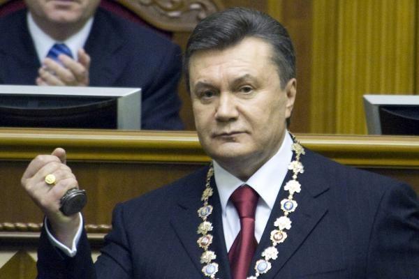 Opozicija reikalauja per apkaltą pašalinti V.Janukovyčių iš Ukrainos vadovo posto