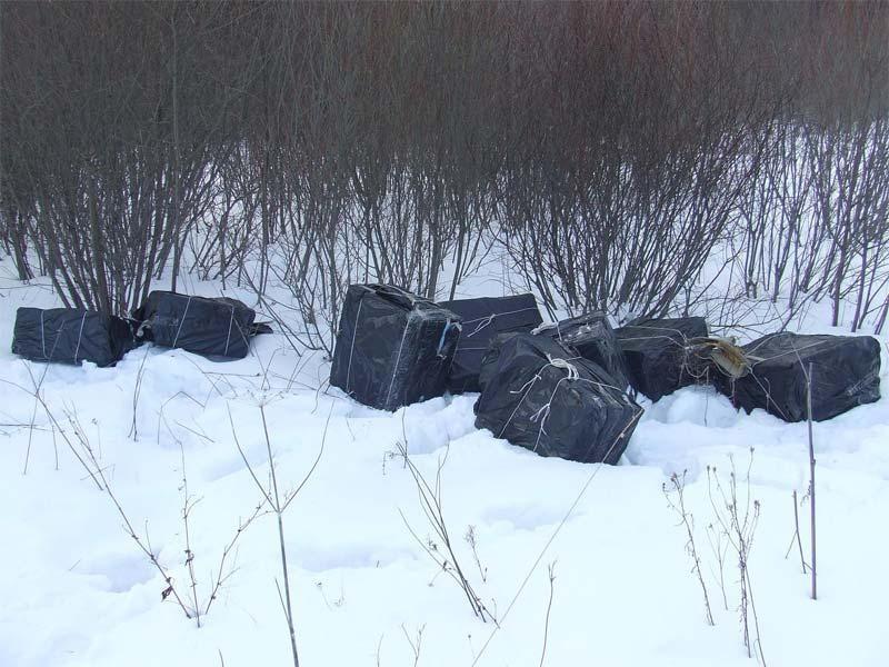 Prie Baltarusijos sienos – 16 tūkst. pakelių kontrabandinių cigarečių