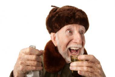 Seimas leido prekiauti alkoholiu iki vidurnakčio