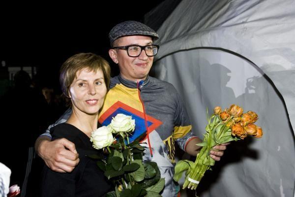 A.Pogrebnojus ir V.Simanavičiūtė kolekciją pristatė teniso aikštyne