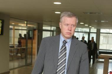 R.Kupčinskas: teismais nepasitikima, nes juose vien nomenklatūra