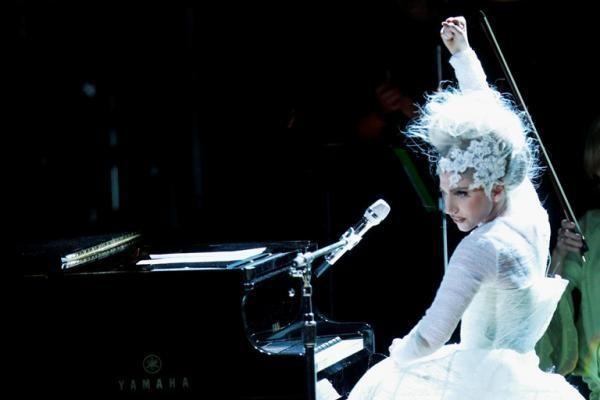 Lady Gaga nominuota net 13 MTV videomuzikos apdovanojimų