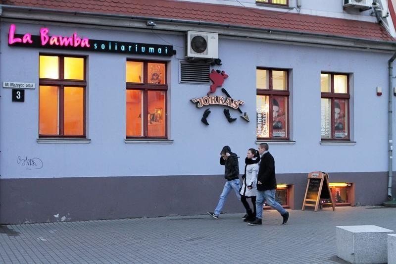 Iš uostamiesčio kavinės pavogti penki paveikslai (papildyta)