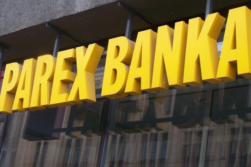 """Latvijos """"Parex"""" bankas pardavė lizingo verslą Rusijoje"""