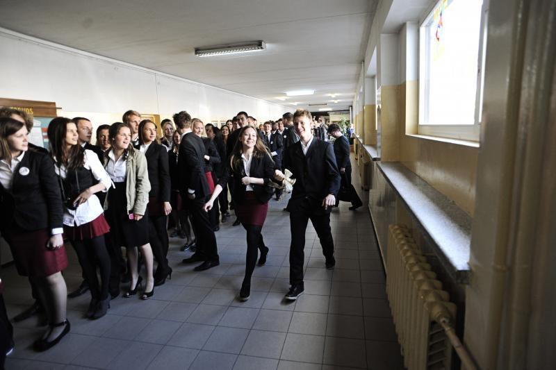 Kasmet vis daugiau abiturientų renkasi studijas užsienyje