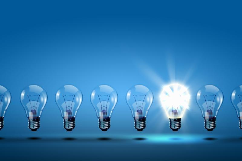 Nuo rugsėjo 1-osios parduotuvėse išnyks 60 W kaitrinės lemputės