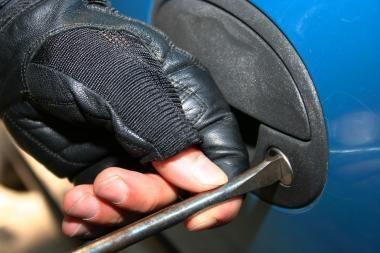 Buto vagį policijos pareigūnai sulaikė su įkalčiais