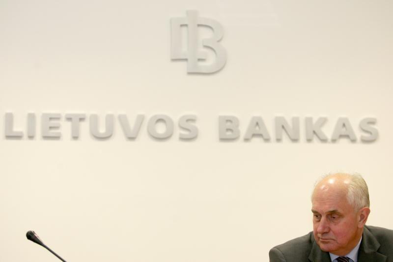 Lietuvos bankas paskelbė komercinių bankų įkainius