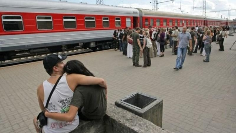 Traukinio Ryga-Sankt Peterburgas tualete rasta mokomoji granata