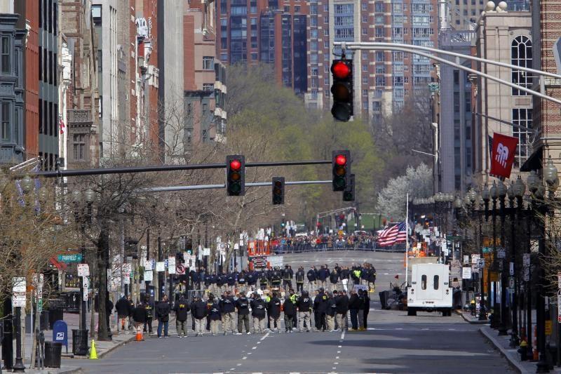 Įtariamų Bostono sprogdintojų tėvas vyks į Jungtines Valstijas