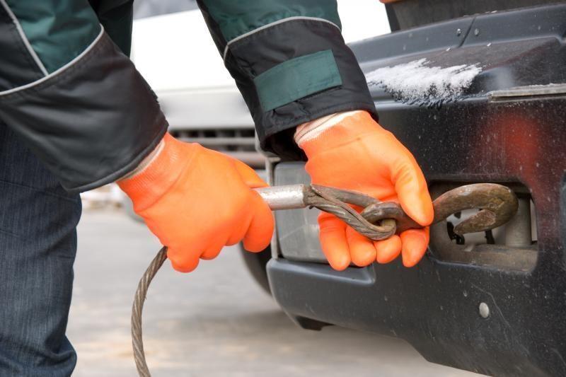 Ar žinote, kaip teisingai tempti automobilį?