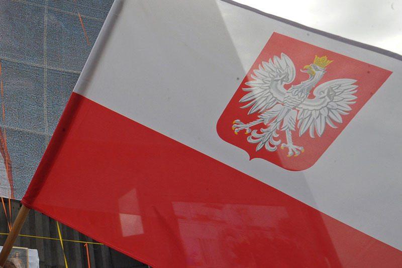 Lietuva Lenkijai įteikė notą dėl paminklo išniekinimo