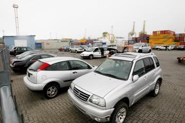 Uoste krovos rezultatus gerina atplukdomi naudoti automobiliai