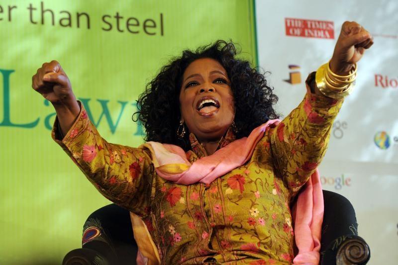 Oprah užėmė pirmąją daugiausiai uždirbančių įžymybių sąrašo vietą