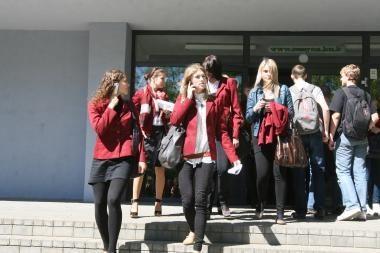 Policija pirmąją egzaminų sesijos savaitę neužfiksavo bandymų parduoti užduotis