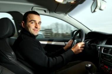 Ralio čempiono patarimai, kaip saugiai vairuoti žiemą