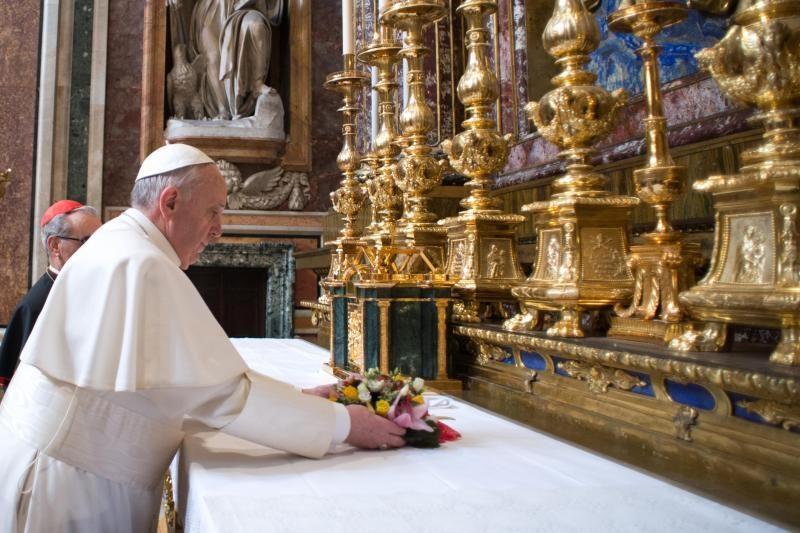 Argentina: popiežiaus išrinkimas šalyje gaivina praeities prisiminimus