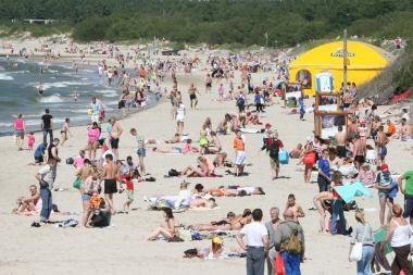 Verslininkai varžosi dėl prekybos vietų paplūdimyje