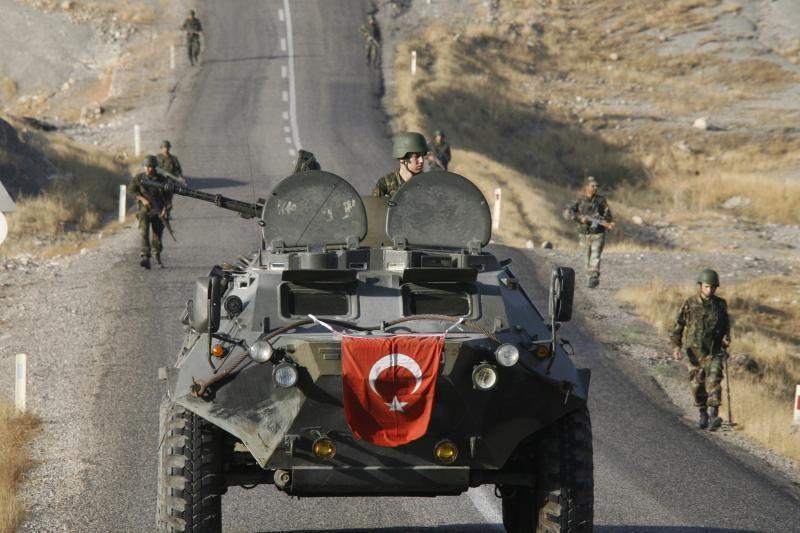 Kurdų sukilėliai oficialiai paskelbė paliaubas su Turkija