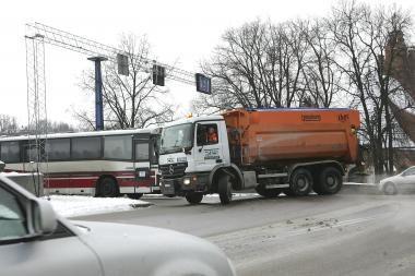 Gamta juokauja: Kaune nulijo, gatvės dengiasi ledu (papildyta)