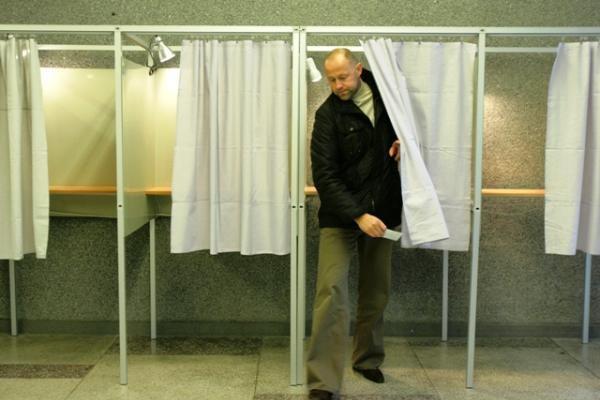 Lietuva išsirinko naująjį Seimą (papildyta)
