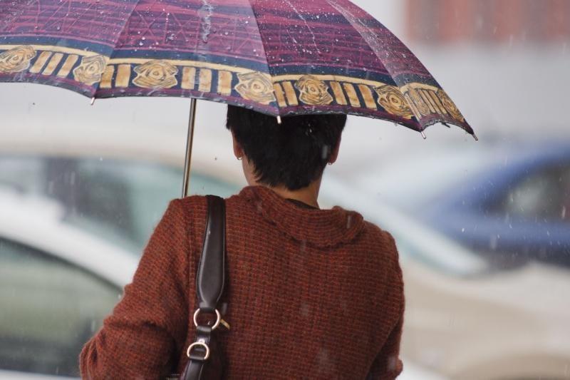 Šeštadienis bus lietingas, kai kur galima perkūnija