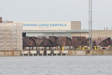 """""""Vakarų laivų gamykla"""" steigs bendrą įmonę"""