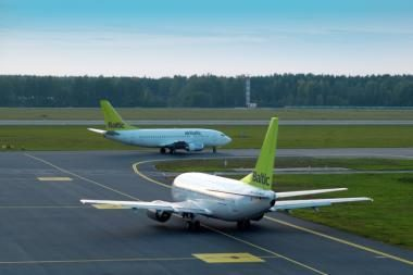 """""""airBaltic"""" iš Vilniaus nebeskraidins į Taliną"""
