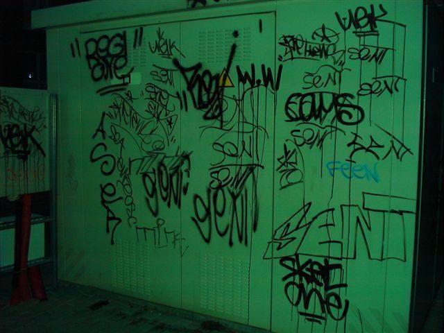 Klaipėdoje į teisiamųjų suolą sės sienų terliotojai