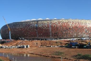 Koziris prieš konkurentus - nauji stadionai