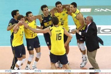 Brazilai trečią kartą iš eilės laimėjo planetos tinklinio čempionatą
