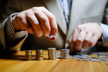 Siūloma, kad iki 42 litų partijoms aukojantys fiziniai asmenys neprivalėtų deklaruoti pajamų