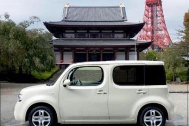 """Europą pasiekė """"Nissan Cube"""