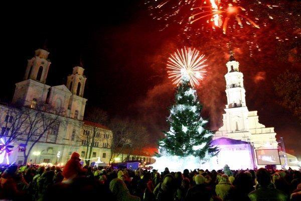 Didieji miestai jau ruošiasi Kalėdų eglių įžiebimui