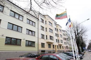 Atleidžiamus valdininkus paguos 800 tūkst. litų