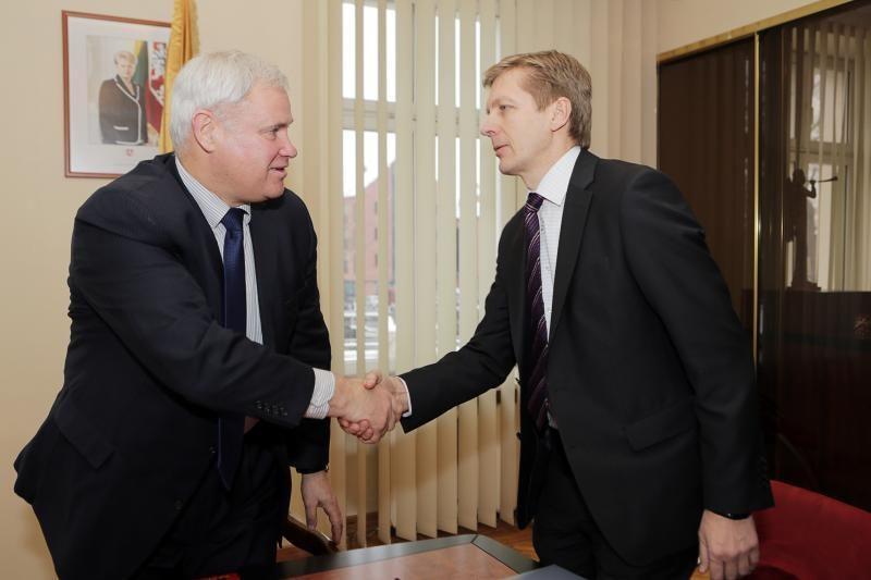 Klaipėdos miesto ir uosto vadovai tikisi susikalbėti